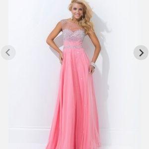 TONY BOWLS Le Gala Light Pink Prom Dress